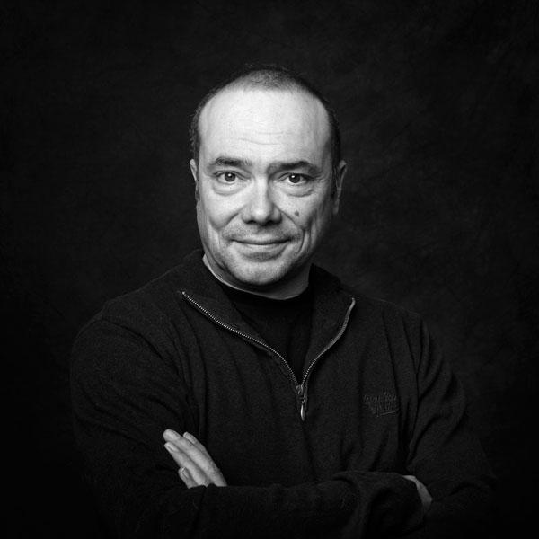 Portrait du photographe Jean-Marc Barrère basé à Auch dans le Gers près de Toulouse